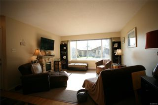 Photo 6: 1390 Boundary Cres in : Na Central Nanaimo Full Duplex for sale (Nanaimo)  : MLS®# 855135