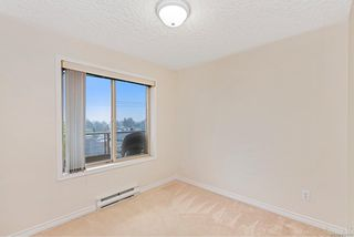 Photo 19: 302 3700 Carey Rd in : SW Gateway Condo for sale (Saanich West)  : MLS®# 859016