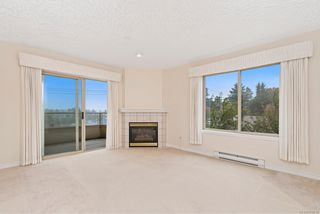 Photo 5: 302 3700 Carey Rd in : SW Gateway Condo for sale (Saanich West)  : MLS®# 859016