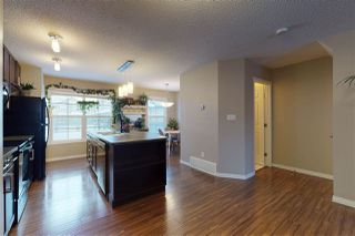 Photo 12: 587 Orchards Boulevard SW in Edmonton: Zone 53 Townhouse for sale : MLS®# E4221445