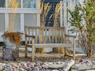 Photo 3: 142 Sunset Road: Cochrane Row/Townhouse for sale : MLS®# A1052095