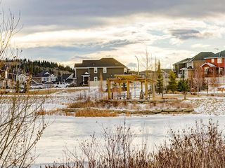 Photo 44: 142 Sunset Road: Cochrane Row/Townhouse for sale : MLS®# A1052095