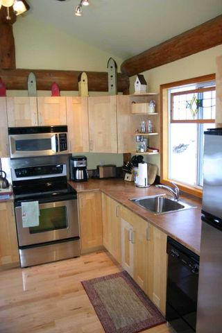 Photo 23: 3111 Birch Avenue in Eagle Bay: Semi-Waterfront House for sale : MLS®# 10105304