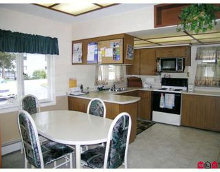 "Photo 4: 10276 125A Street in Surrey: Cedar Hills House for sale in ""CEDAR HILLS"" (North Surrey)  : MLS®# F2806729"