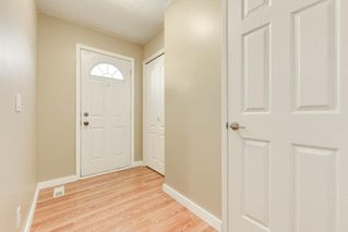 Photo 3: 126 GEORGIAN Villa NE in Calgary: Marlborough Park Row/Townhouse for sale : MLS®# C4267627