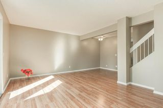 Photo 10: 126 GEORGIAN Villa NE in Calgary: Marlborough Park Row/Townhouse for sale : MLS®# C4267627