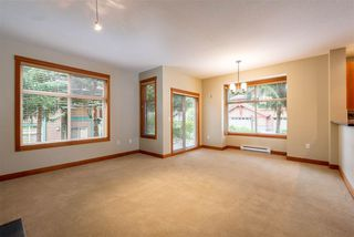 """Photo 4: 4 1530 TYNEBRIDGE Lane in Whistler: Spring Creek Townhouse for sale in """"The Glades"""" : MLS®# R2406600"""