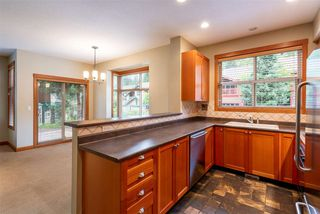 """Photo 5: 4 1530 TYNEBRIDGE Lane in Whistler: Spring Creek Townhouse for sale in """"The Glades"""" : MLS®# R2406600"""