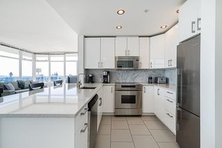 Photo 4: 803 9288 UNIVERSITY CRESCENT in Burnaby: Simon Fraser Univer. Condo for sale (Burnaby North)  : MLS®# R2360340