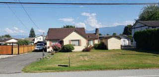 Main Photo: 9428 MCNAUGHT Road in Chilliwack: Chilliwack E Young-Yale House for sale : MLS®# R2430187