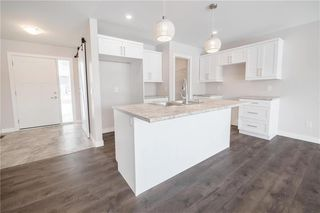 Photo 2: 21 Palas Drive in Garson: R03 Residential for sale : MLS®# 202003821