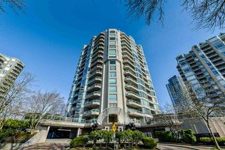 "Photo 19: 502 1065 QUAYSIDE Drive in New Westminster: Quay Condo for sale in ""Quayside Tower 2"" : MLS®# R2439156"