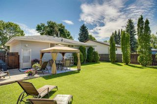 Photo 2: 32 GREENWOOD Way: Sherwood Park House for sale : MLS®# E4202667