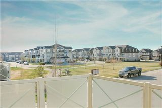 Photo 4: 146 WINDSTONE Mews SW: Airdrie Row/Townhouse for sale : MLS®# C4305221