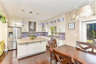Photo 12: 1239 Colville Rd in Esquimalt: Es Rockheights Single Family Detached for sale : MLS®# 840537
