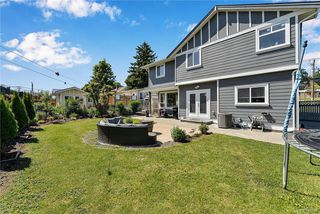 Photo 2: 1239 Colville Rd in Esquimalt: Es Rockheights Single Family Detached for sale : MLS®# 840537