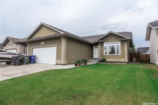 Photo 1: 308 Faldo Crescent in Warman: Residential for sale : MLS®# SK819352