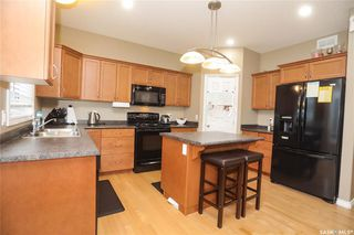 Photo 6: 308 Faldo Crescent in Warman: Residential for sale : MLS®# SK819352