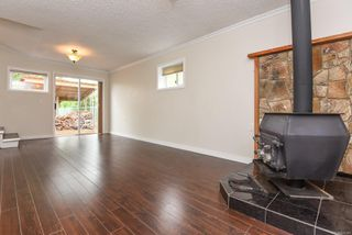 Photo 4: 2135 Willemar Ave in : CV Courtenay City House for sale (Comox Valley)  : MLS®# 856349