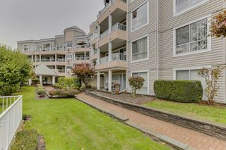 "Photo 2: 417 11605 227 Street in Maple Ridge: East Central Condo for sale in ""Hillcrest"" : MLS®# R2508742"