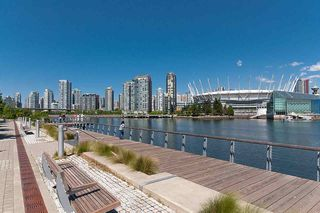 "Photo 31: 193 WALTER HARDWICK Avenue in Vancouver: False Creek Condo for sale in ""BRIDGE"" (Vancouver West)  : MLS®# R2512536"