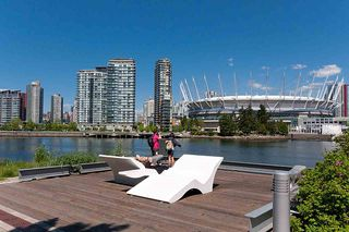 "Photo 32: 193 WALTER HARDWICK Avenue in Vancouver: False Creek Condo for sale in ""BRIDGE"" (Vancouver West)  : MLS®# R2512536"