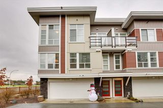 """Photo 1: 6 8466 MIDTOWN Way in Chilliwack: Chilliwack W Young-Well Townhouse for sale in """"MIDTOWN II"""" : MLS®# R2524358"""