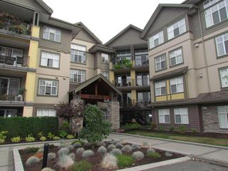 "Photo 1: #405B 45595 TAMIHI WY in SARDIS: Vedder S Watson-Promontory Condo for rent in ""THE HARTFORD"" (Sardis)"