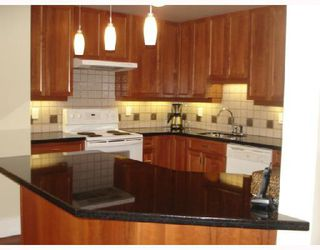 """Photo 6: 302 1860 ROBSON Street in Vancouver: West End VW Condo for sale in """"STANLEY PARK PLACE"""" (Vancouver West)  : MLS®# V662524"""