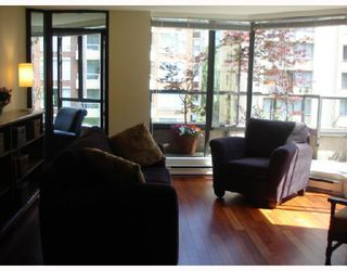 """Photo 9: 302 1860 ROBSON Street in Vancouver: West End VW Condo for sale in """"STANLEY PARK PLACE"""" (Vancouver West)  : MLS®# V662524"""
