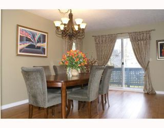 "Photo 4: 13 9000 ASH GROVE Crescent in Burnaby: Forest Hills BN Townhouse for sale in ""ASHBROOK PLACE"" (Burnaby North)  : MLS®# V706722"