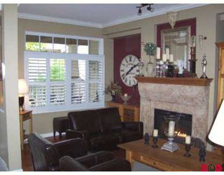 """Photo 4: 2678 KING GEORGE Highway in White Rock: King George Corridor Townhouse for sale in """"Mirada"""" (South Surrey White Rock)  : MLS®# F2624489"""