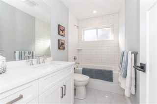 """Photo 18: 14 1885 COLUMBIA VALLEY Road: Lindell Beach House for sale in """"AQUADEL CROSSING"""" (Cultus Lake)  : MLS®# R2426452"""