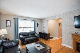 Photo 3: 707 Ravelston Avenue West in Winnipeg: West Transcona Residential for sale (3L)  : MLS®# 202000646
