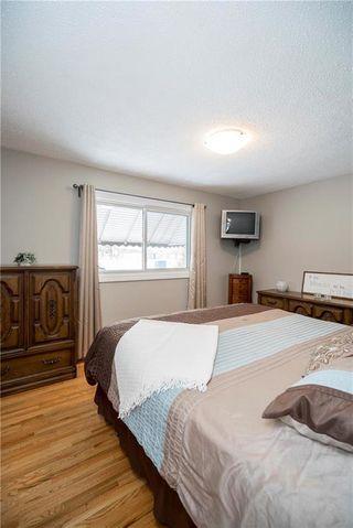Photo 10: 707 Ravelston Avenue West in Winnipeg: West Transcona Residential for sale (3L)  : MLS®# 202000646