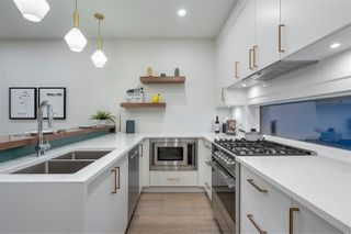 """Photo 4: 3185 E PRINCE EDWARD Avenue in Vancouver: Mount Pleasant VE Townhouse for sale in """"EVERLY LIVING"""" (Vancouver East)  : MLS®# R2436769"""