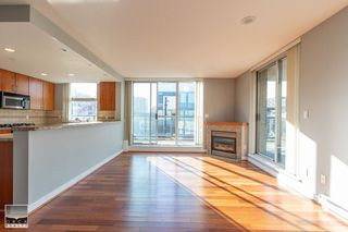 Photo 3: 308 1450 W 6TH Avenue in Vancouver: Fairview VW Condo for sale (Vancouver West)  : MLS®# R2447525