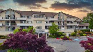 "Photo 1: 210 19645 64 Avenue in Langley: Willoughby Heights Condo for sale in ""Highgate Terrace"" : MLS®# R2455714"
