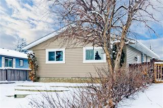 Photo 2: 100 DOVERVIEW Place SE in Calgary: Dover Detached for sale : MLS®# A1024220
