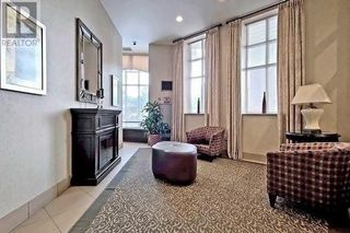 Photo 4: 515 11 Thorncliffe Park Drive in Toronto: Thorncliffe Park Condo for sale (Toronto C11)  : MLS®# C4990593