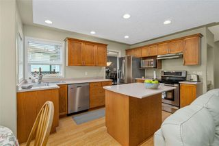 Photo 10: 2450 Setchfield Ave in : La Florence Lake House for sale (Langford)  : MLS®# 862101