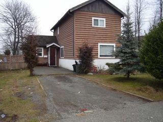 Photo 2: 1680 PIERCY AVE in COURTENAY: Courtenay City Residential Detached for sale (Comox Valley)  : MLS®# 236385