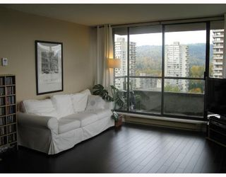 Photo 2: # 1908 3970 CARRIGAN CT in Burnaby: Condo for sale : MLS®# V741194