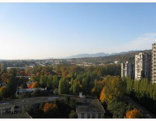 Photo 1: # 1908 3970 CARRIGAN CT in Burnaby: Condo for sale : MLS®# V741194