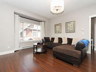 Photo 2: 3 2183 PRAIRIE Avenue in Port Coquitlam: Glenwood PQ Townhouse for sale : MLS®# R2392891
