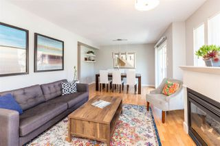 """Photo 2: 4 2382 PARKWAY Boulevard in Coquitlam: Westwood Plateau Townhouse for sale in """"Chateau Ridge Estates"""" : MLS®# R2396091"""
