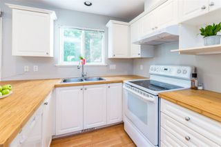 """Photo 8: 4 2382 PARKWAY Boulevard in Coquitlam: Westwood Plateau Townhouse for sale in """"Chateau Ridge Estates"""" : MLS®# R2396091"""