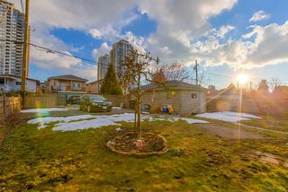 Photo 17: 7162 MCBRIDE Street in Burnaby: Highgate House for sale (Burnaby South)  : MLS®# R2409452