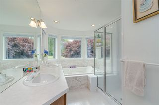 """Photo 12: 23604 64 Avenue in Langley: Salmon River House for sale in """"Williams park area"""" : MLS®# R2425889"""