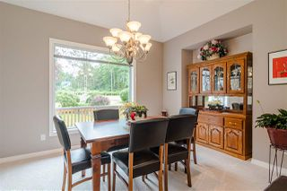 """Photo 5: 23604 64 Avenue in Langley: Salmon River House for sale in """"Williams park area"""" : MLS®# R2425889"""